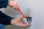 How to change an electrical outlet ?